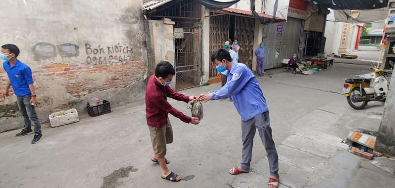 8.000 cong nhan trong khu phong toa o Hai Duong vui mung nhan duoc ho tro-Hinh-12