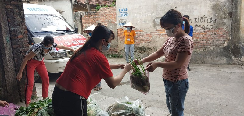 8.000 cong nhan trong khu phong toa o Hai Duong vui mung nhan duoc ho tro-Hinh-16