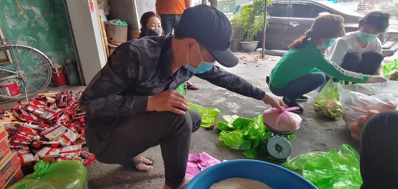 8.000 cong nhan trong khu phong toa o Hai Duong vui mung nhan duoc ho tro-Hinh-6