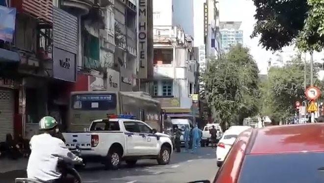 40 nguoi Trung Quoc nhap canh trai phep: 2 khach san chiu trach nhiem gi?