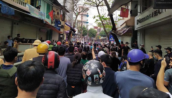 """Khong che doi tuong nghi """"ngao da"""", vac kiem ra duong-Hinh-2"""