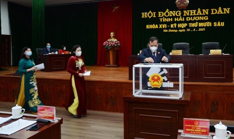 Hai Pho Chu tich UBND tinh Hai Duong vua moi duoc bau la ai?