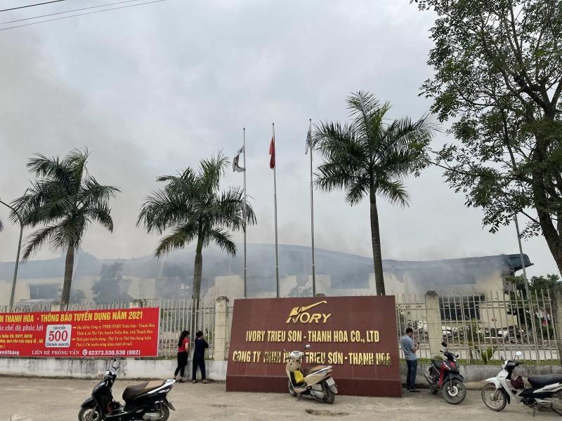 Chay lon tai Cong ty IVORY Thanh Hoa: Hon 400 canh sat tham gia dap lua