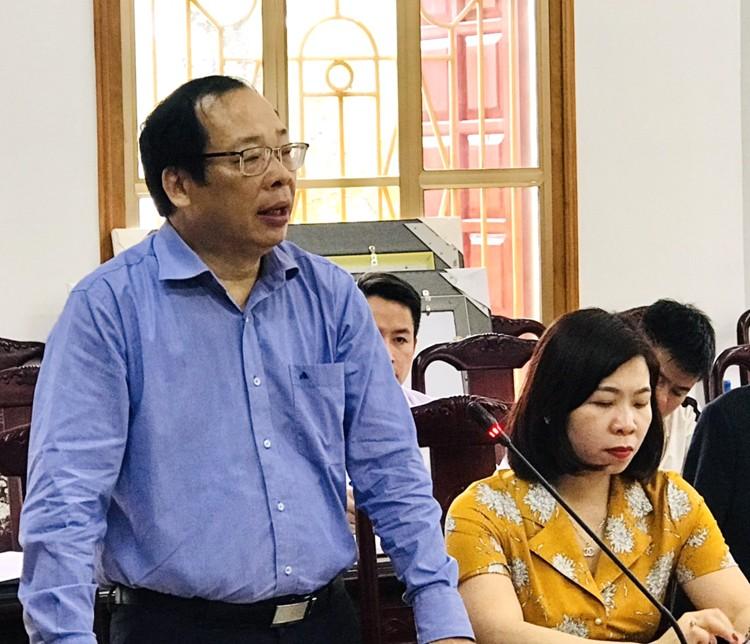 Quyen Giam doc HV Bao chi Tuyen truyen qua doi khi cong tac tai Yen Bai