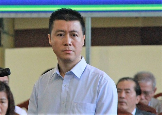 "Phan Sao Nam duoc giam an ra tu som: VKS khang nghi... Toa an co ""viet vi""?"