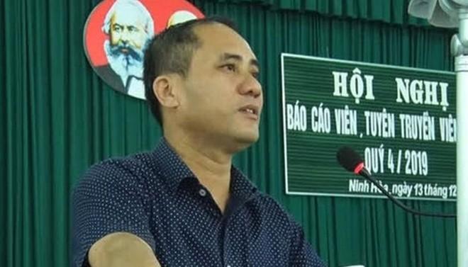 Can bo cong an dam chet bi thu phuong o Khanh Hoa: Ghen tuong hay vi gi?