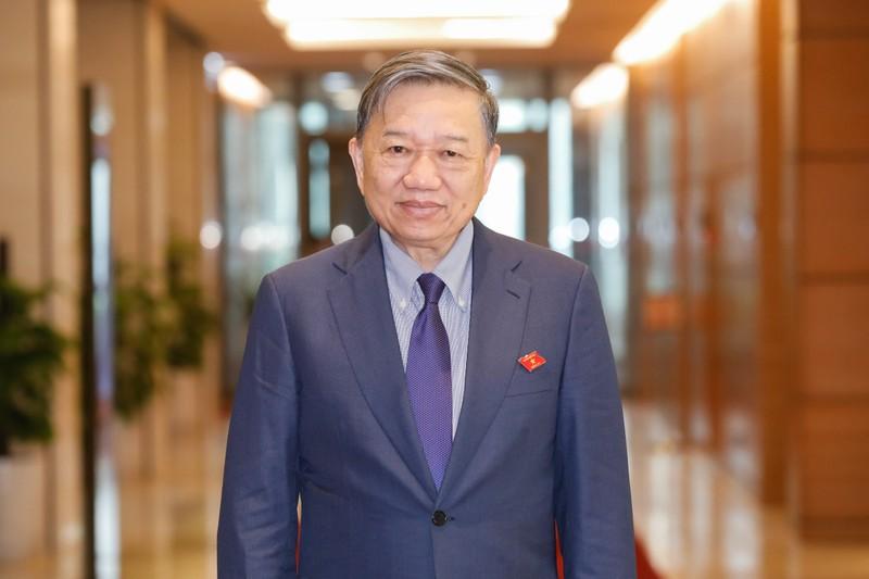 Thu tuong Pham Minh Chinh va 14 thanh vien Chinh phu ung cu DBQH-Hinh-3