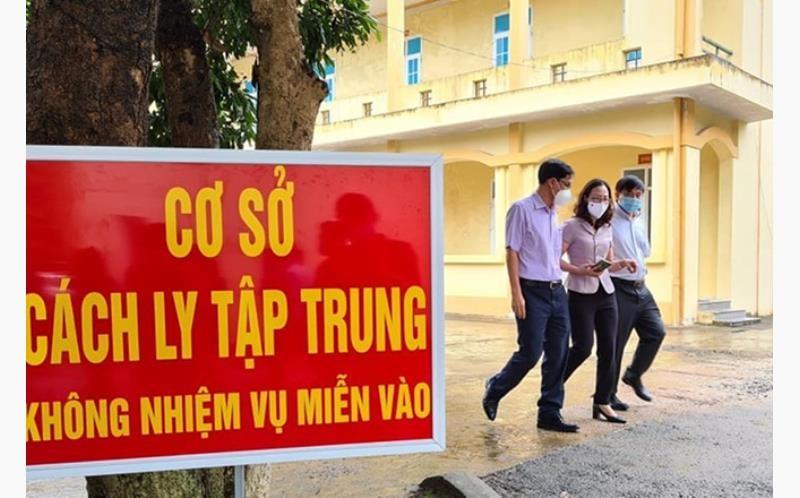 Canh cao Giam doc Trung tam Y te TP Yen Bai Nguyen Truong Giang
