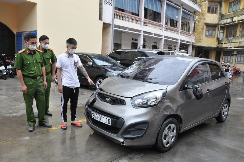 Dam chet nu sinh sau khi uong ruou sinh nhat: Loi khai tai xe