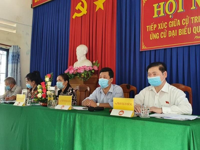 Chu tich VUSTA Phan Xuan Dung, cac ung vien DBQH tiep xuc cu tri 4 xa Phuoc Tien, Phuoc Tan, Phuoc Hoa, Phuoc Binh