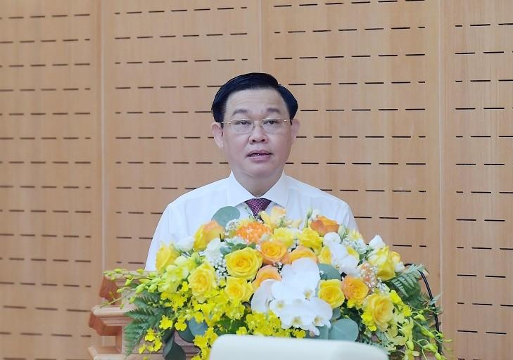 """Chu tich Quoc hoi: """"Khong de xay ra lay nhiem cong dong trong bau cu"""""""