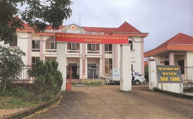 Tham phan lap khong 57 vu an ao co vi pham dieu 359 Luat Hinh su?