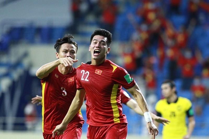 Viet Nam lot bang B VL World Cup 2022… dau Nhat, Trung: Keo tren hay duoi?-Hinh-2