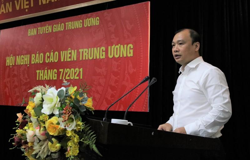 Mot Uy vien Bo Chinh tri co the duoc uy quyen chu tri hoi nghi Trung uong