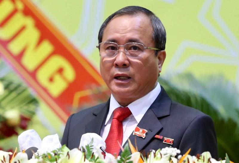 Bat giam nguyen Bi thu Binh Duong Tran Van Nam