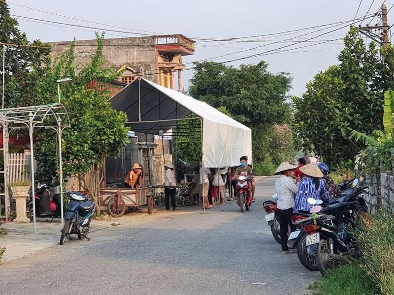 Thai Binh: Chong dung dao bau gan tuyp sat dam vo tu vong