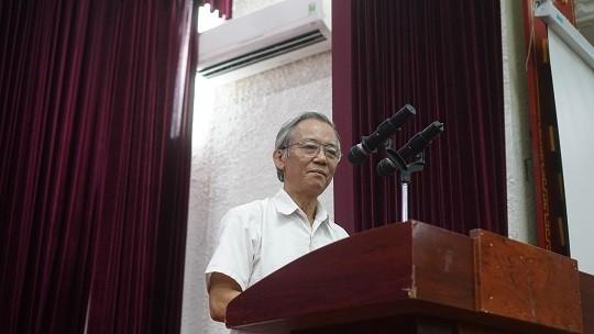 Chong nguoi thi hanh cong vu o chot COVID-19: Lam sao ngan ngua?-Hinh-3