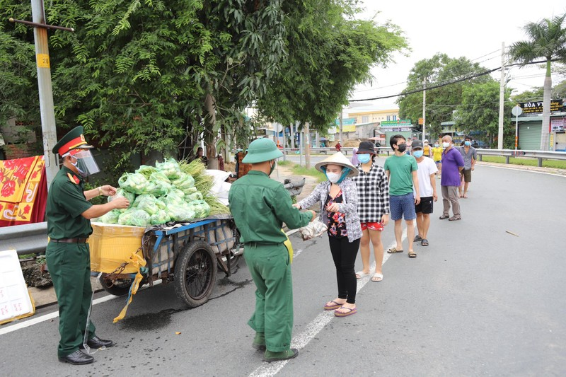 Thu tuong Chinh phu: Nguoi dan 4 tinh, thanh phia Nam khong ra khoi nha