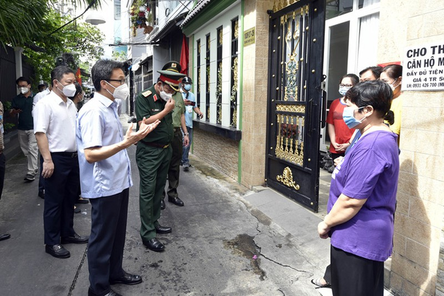 "Nhat ky ""vi hanh"" sat sat cung dan TP HCM chong Covid cua Pho Thu tuong Vu Duc Dam-Hinh-4"