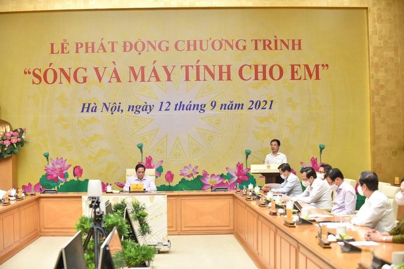 """Bo truong Nguyen Manh Hung: Song va may tinh cho em la de… xay dung xa hoi so""""-Hinh-3"""