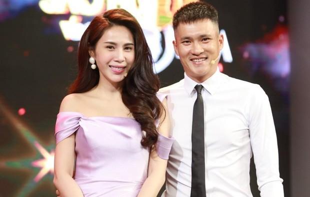Ca si Thuy Tien noi chong ban dat duoc 40 ty dong, thue phai nop bao nhieu?