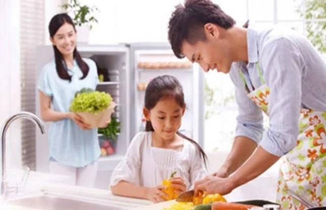 Khong phai tien bac, phu nu muon hanh phuc hay chon nguoi dan ong the nay-Hinh-2