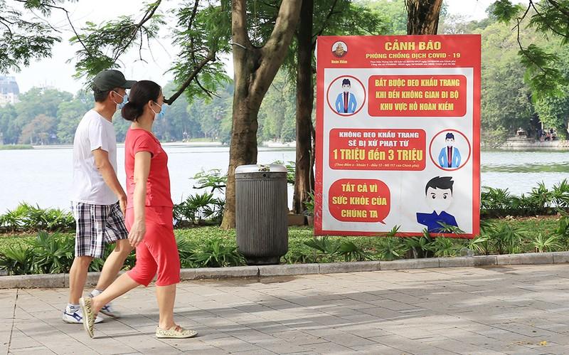 """Ha Noi """"mo cua""""... kich ban nao de khong """"bung, toang""""?"""