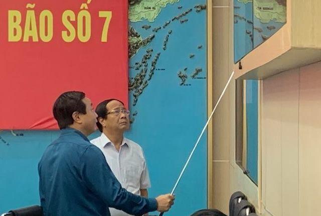 Ung pho bao: Can ho tro nguoi dan hoi huong khi thoi tiet bat loi-Hinh-2