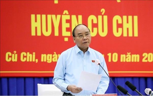 """Chu tich nuoc Nguyen Xuan Phuc: """"Phao dai khong phai biet lap de ngan song, cam cho"""""""