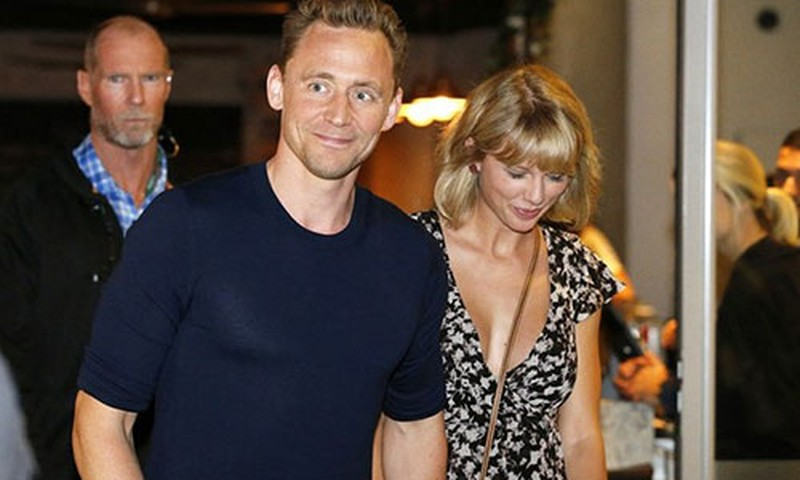 Tom Hiddleston noi ve tinh yeu voi Taylor Swift sau chia tay