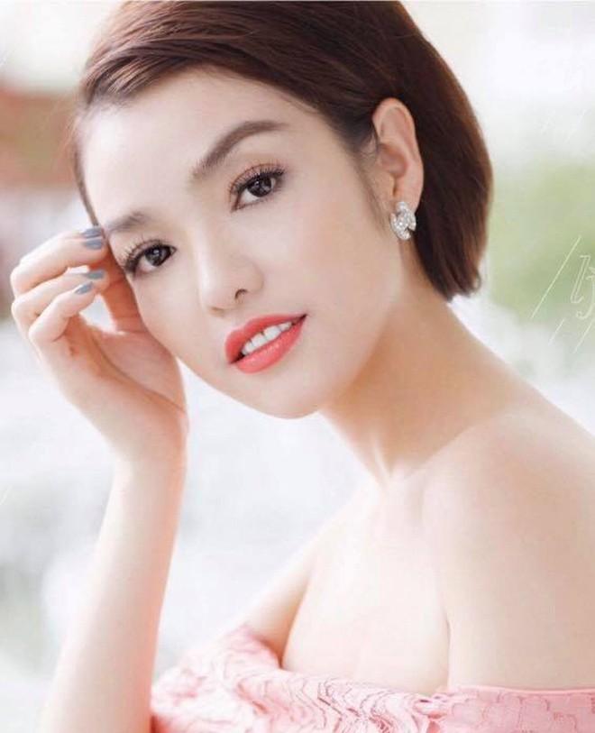 """Sao """"Thuong nho o ai"""" tiet lo hau truong xot xa sau canh ao yem-Hinh-2"""