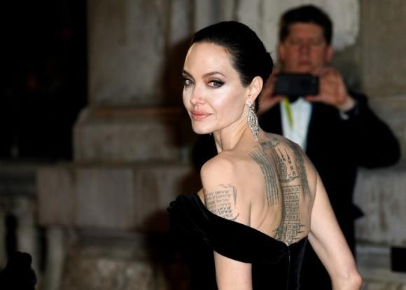 Angelina Jolie to Brad Pitt khong chu cap du tien nuoi con sau ly hon-Hinh-2