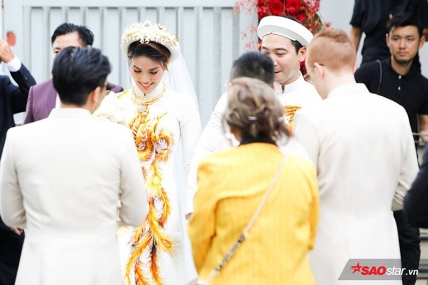 A hau Thuy Van lam gi ngay ban trai cu cuoi Lan Khue?-Hinh-2