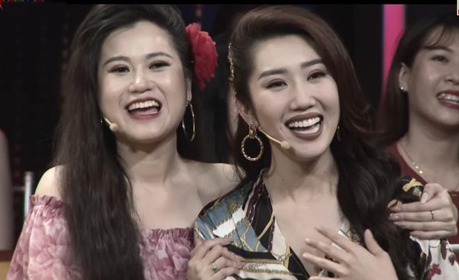"""Vi sao Thuy Ngan muon bo ve khi ghi hinh """"Quy ong dai chien""""-Hinh-2"""