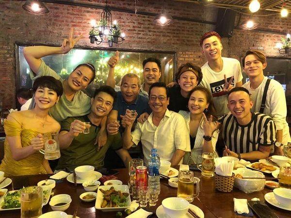 NSND Hoang Dung canh cao mot nu dien vien hon lao, do la ai?-Hinh-8