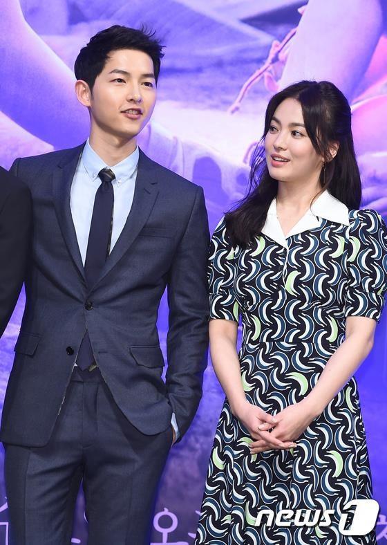 Song Joong Ki rung toc toi hoi dau vi ap luc hon nhan-Hinh-2