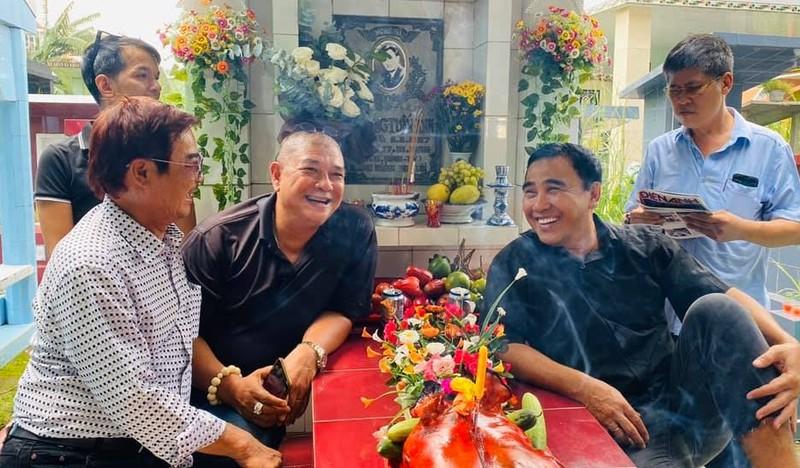 Quyen Linh chia se xuc dong nhan 23 nam ngay mat Le Cong Tuan Anh
