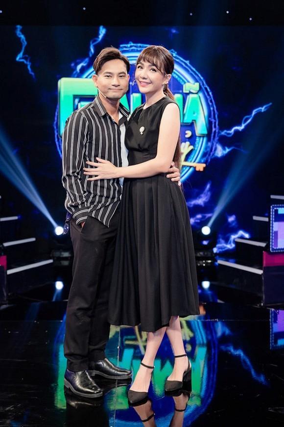 Sau cong khai chuyen nguoi thu ba, Huynh Dong - Ai Chau len tieng ve nghi van ngoai tinh