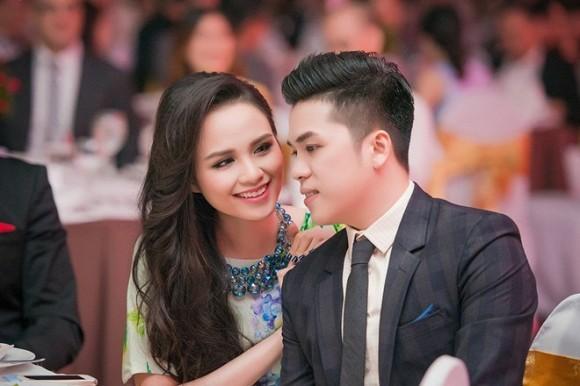 Sau tin don ly hon, Hoa hau Diem Huong co ban trai moi?-Hinh-2