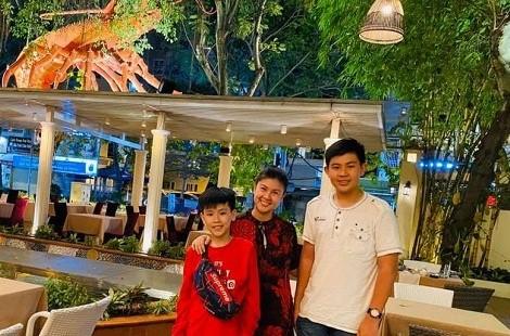Con trai Phuoc Sang va Kim Thu lan dau lo dien, mat tuan tu, cao 1m76
