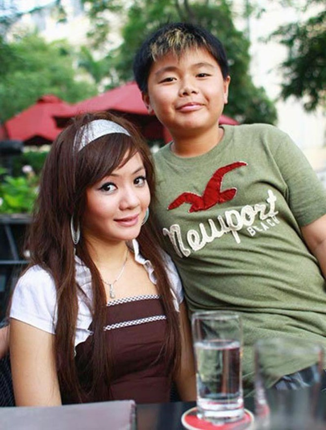 Xuan Mai lam quan pho, ban dien thoai muu sinh, em trai o My ra sao?-Hinh-3