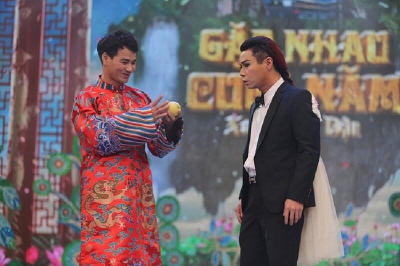 Cong Ly len Pho Giam doc, Xuan Bac tang ngay qua