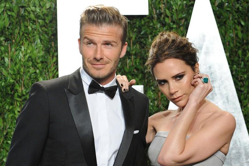 Tu truyen cua Victoria: Tiet lo soc David Beckham la ke thu ba-Hinh-6