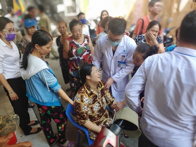 Oc Thanh Van dau long vu cay phuong do khien hoc sinh tu vong-Hinh-4