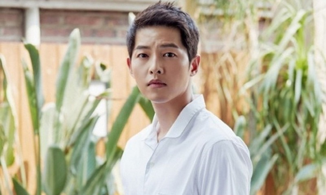Song Joong Ki hen ho nu luat su sau ly hon Song Hye Kyo?