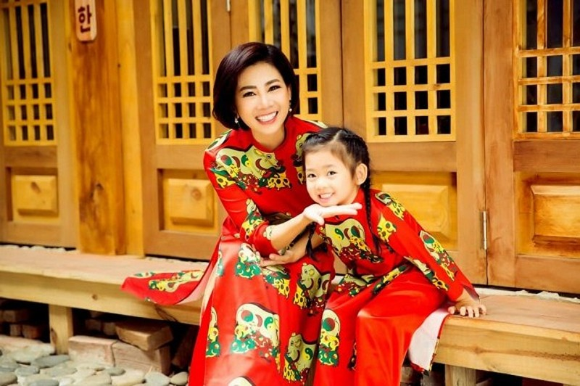 Bo me Mai Phuong nho luat su gianh nuoi chau, quan ly cu buc xuc-Hinh-3