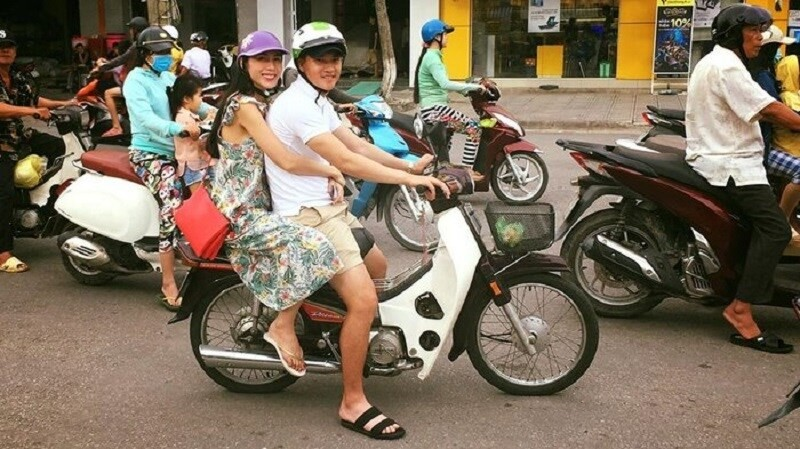 Cong Vinh: Tran Thanh duoc vo cho 2 trieu, toi chang duoc dong nao-Hinh-2