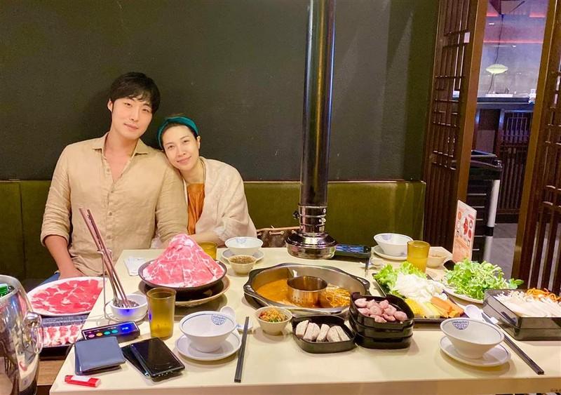 Pha Le lam thu tuc dang ky ket hon voi ban trai Han Quoc-Hinh-3