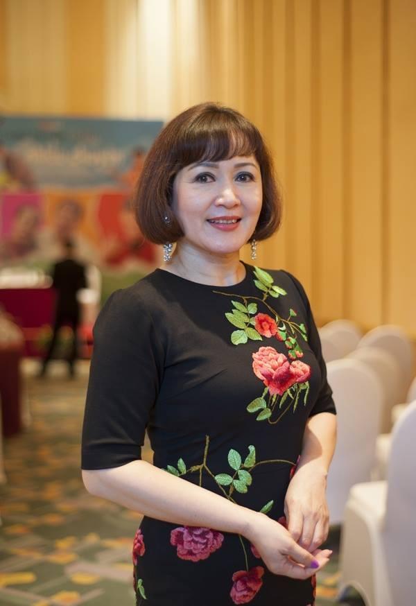 "NSND Minh Hoa: Thi hat doat giai va cu ""be lai"" thanh dien vien-Hinh-4"