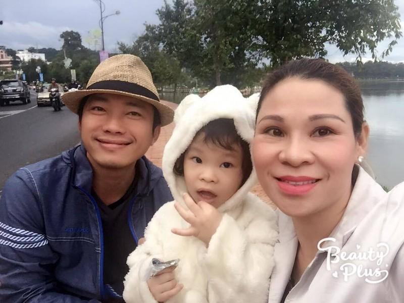 Dien vien Kinh Quoc va vo dai gia 10 nam khong can dam cuoi-Hinh-14